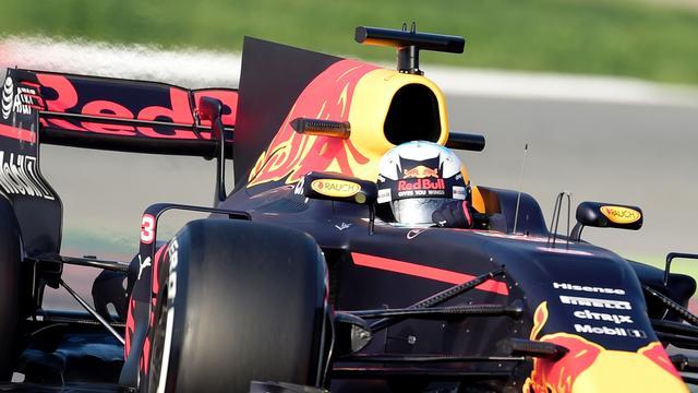 Red Bull-teambaas Horner wil af van haaienvin in Formule 1