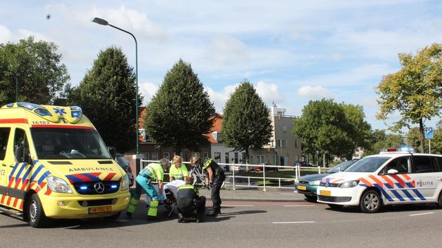 Fietser gewond bij aanrijding Langegracht