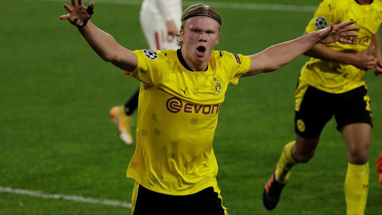 Haaland dirigeert Dortmund met twee goals en assist langs Sevilla in CL - NU.nl