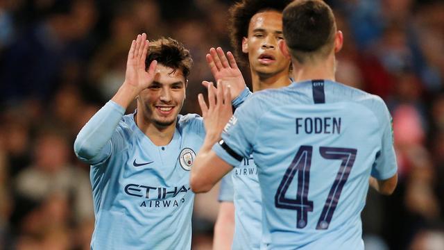 Manchester City voegt zich moeiteloos bij laatste acht League Cup