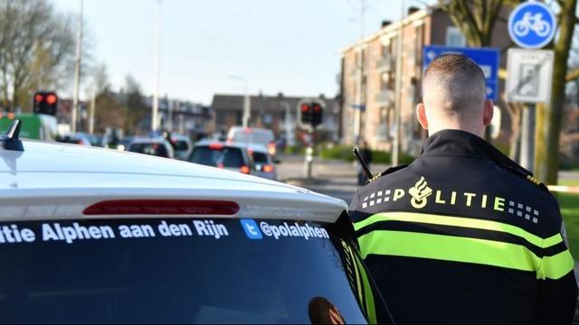 Politie zoekt getuigen van geweldpleging op Stationsplein