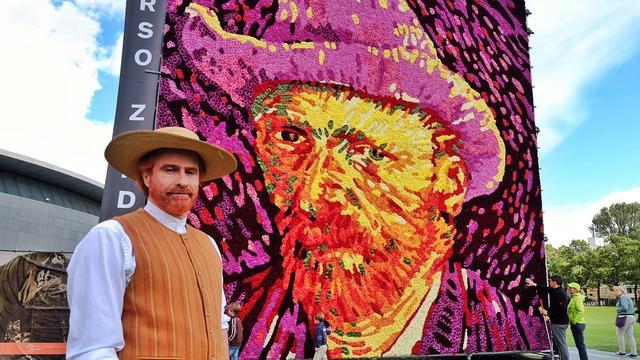 Duizenden dahlia's op 125e sterfdag Vincent van Gogh