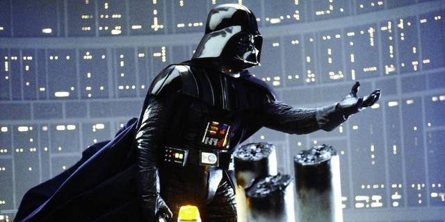Star Wars-memorabilia van eerste Darth Vader-acteur in mei onder de hamer
