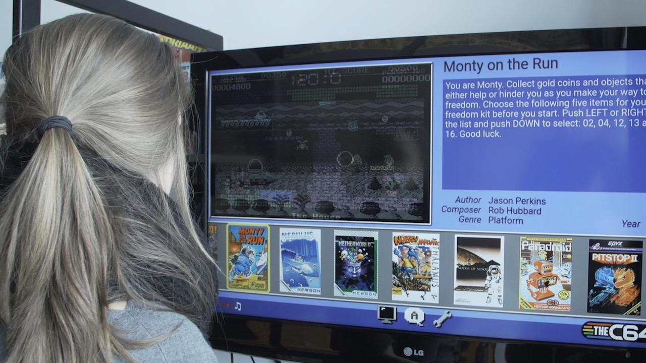 Miniversie Commodore 64 getoond in gamehotel