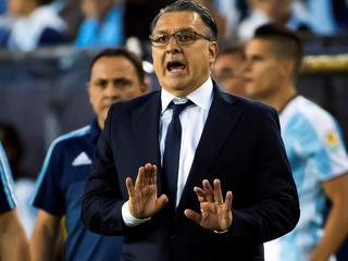 Oefenmeester kan zich niet vinden in beleid nationale voetbalbond