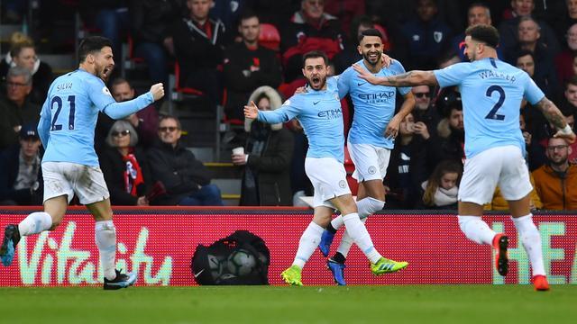 City na nipte zege zeker één dag koploper, United wint bij debuut Chong