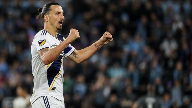 Ibrahimovic met LA Galaxy naar kwartfinales in play-offs MLS