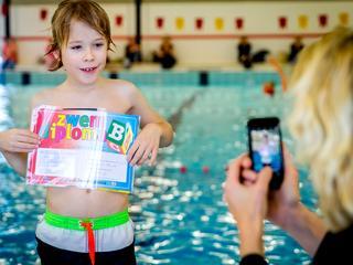 Zwemlesaanbieders maken zich zorgen over zwemvaardigheid kinderen