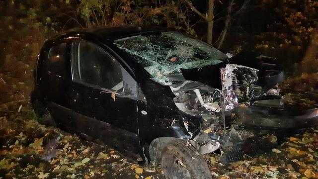 Automobilist naar het ziekenhuis na zwaar eenzijdig ongeval op Bosdreef