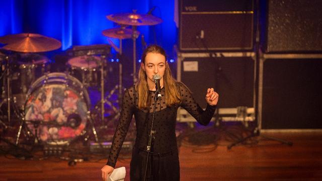 Else Kemps wint NK Poetry Slam 2017