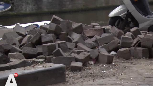 'Onveilige situatie voor fietsers Looiersgracht door bestrating'