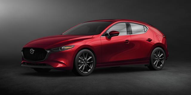 Mazda onthult met nieuwe 3 concurrent voor Volkswagen Golf