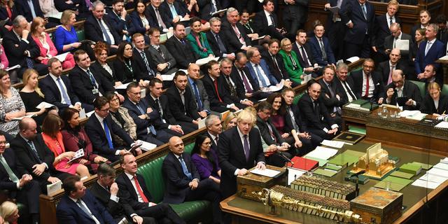 Johnson loodst zijn Brexit-wet definitief door het Lagerhuis