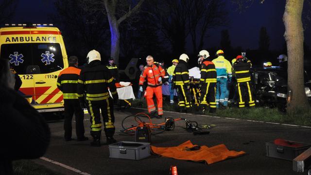 Vier gewonden bij eenzijdig ongeval langs de Rijsbergseweg