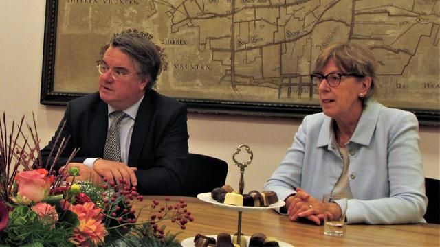 Commissaris van de Koning vol lof na werkbezoek Etten-Leur