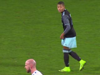 Bekijk de samenvatting van De Graafschap-Jong Ajax (3-2)