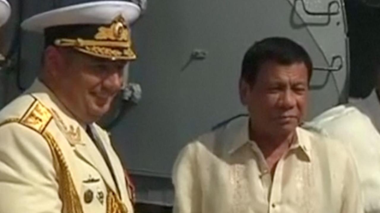 Filipijnse president verwelkomt Russische oorlogsschepen