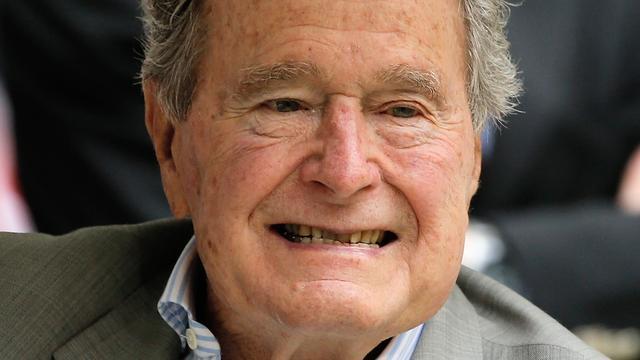 Oud-president VS George H.W. Bush (93) in ziekenhuis opgenomen