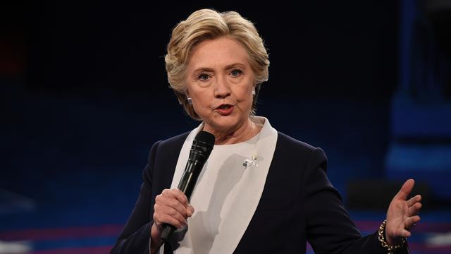 FBI mag onderzoek doen naar e-mails van Clinton