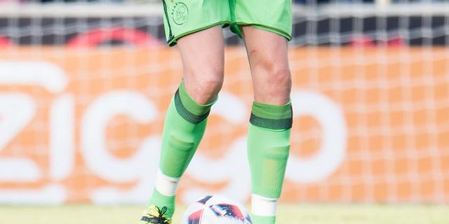 Boer stopt twee strafschoppen en helpt Ajax langs NEC in oefenduel