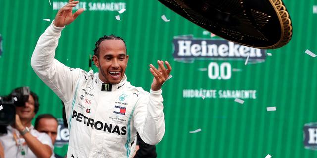 Winnaar Hamilton had veel schade aan auto na contact met Verstappen