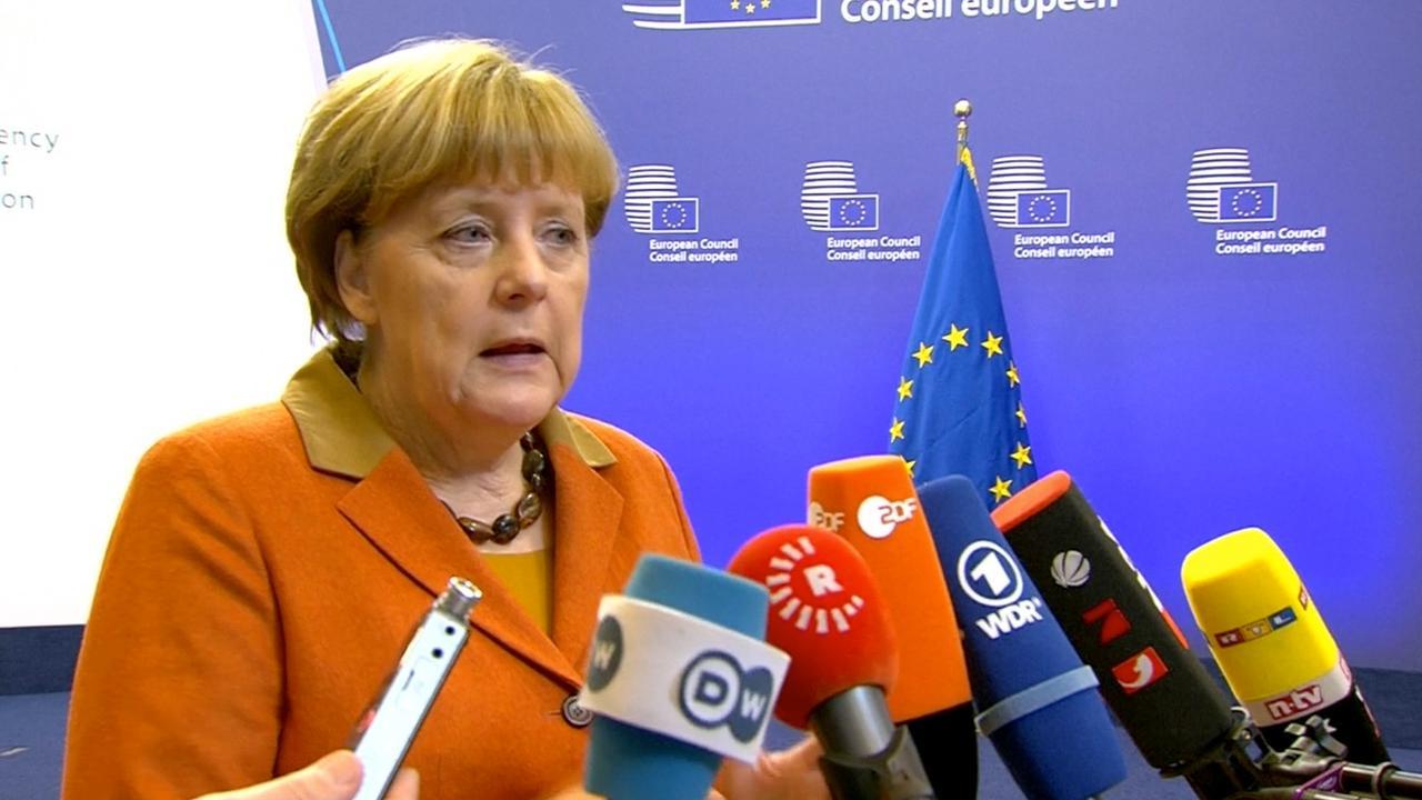 Merkel in gesprek met Turken
