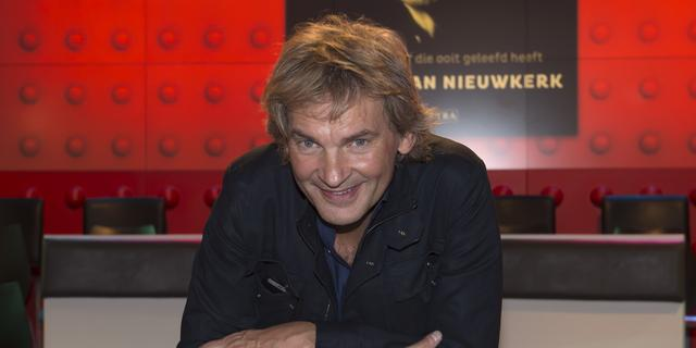 Matthijs van Nieuwkerk geëerd voor 'DWDD-effect' op boekenvak