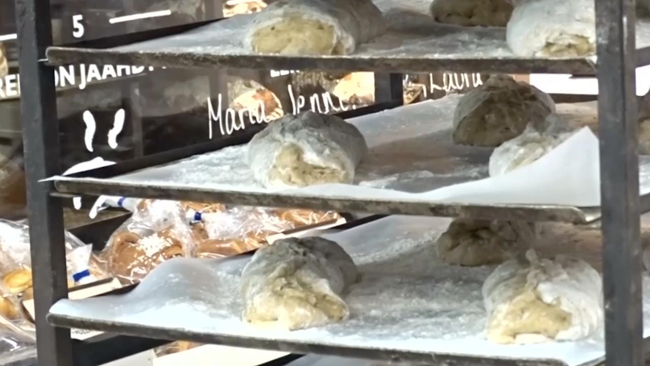 Finse voedselproducent introduceert van krekelmeel gemaakt brood