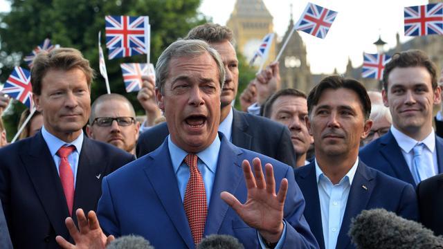 Nasleep Brexit, achtste finales EK