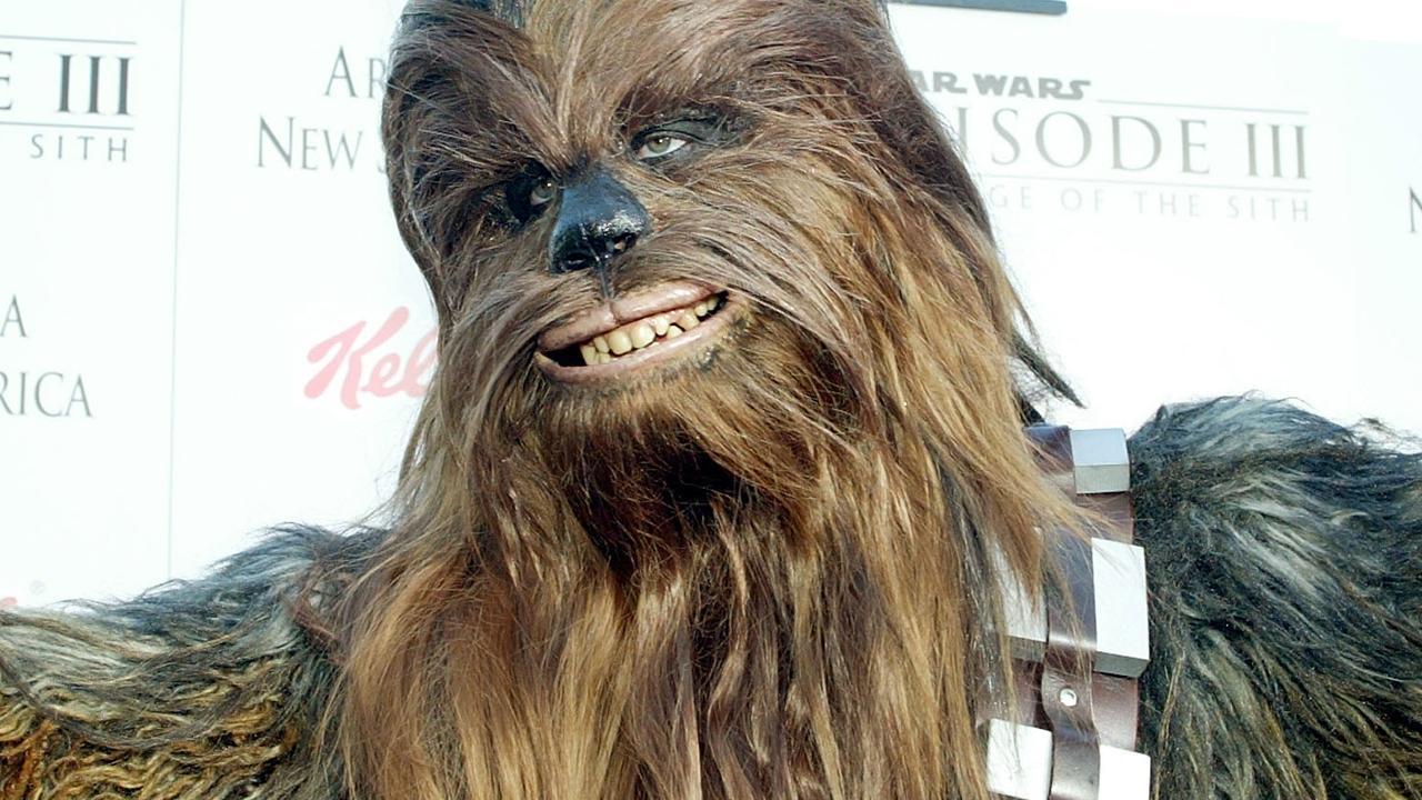 Oekraïnse politie slaat Chewbacca in de boeien