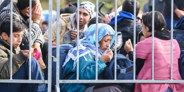 Zorgen om ontwikkelingsprojecten door kosten vluchtelingen