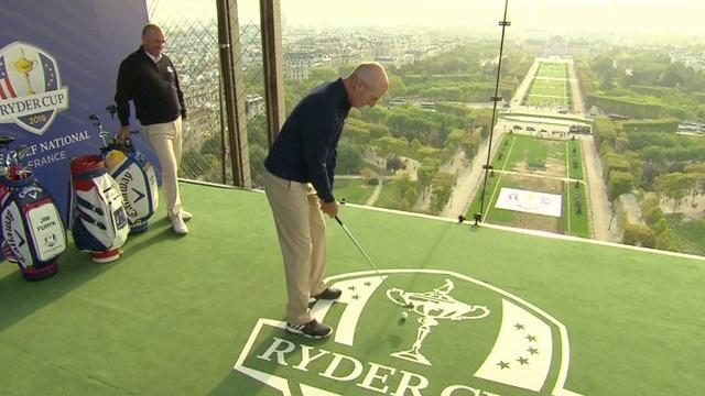 Golfers slaan ballen vanaf Eiffeltoren ter promotie van Ryder Cup