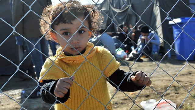 Slovenië overweegt hekken bij grens vanwege vluchtelingenstroom