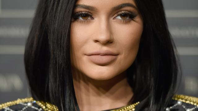 Kylie Jenner boos over billboard