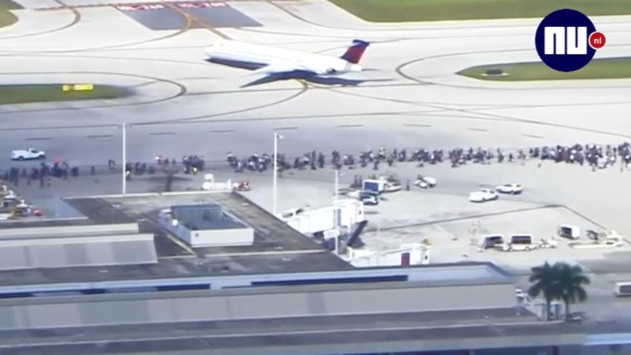 Passagiers rennen tussen vliegtuigen na schietpartij Fort Lauderdale
