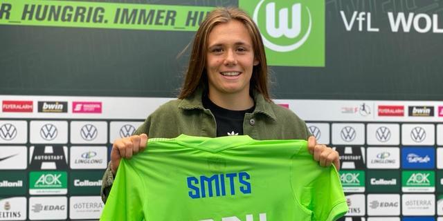 PSV Vrouwen beleeft primeur met verkoop toptalent Smits aan Wolfsburg