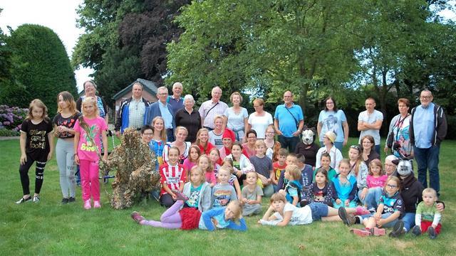 Poolse kinderen vieren vakantie in Schijf