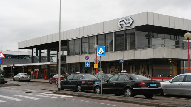 Ton voor herinrichting Stationsplein