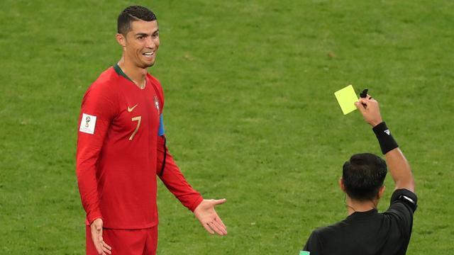 Bondscoach Iran vindt het onbegrijpelijk dat Ronaldo geen rood kreeg