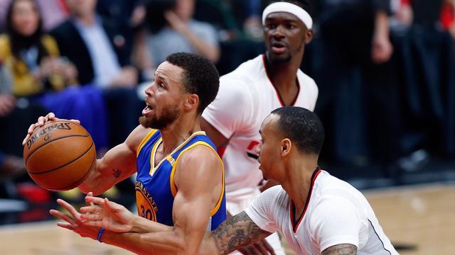 Golden State Warriors overtuigend naar volgende ronde play-offs