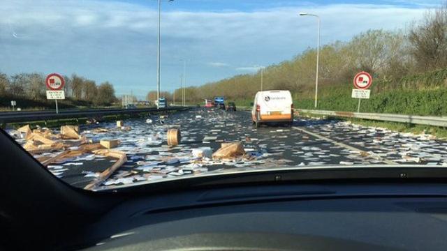 Ravage op snelweg A7 bij Westpoort