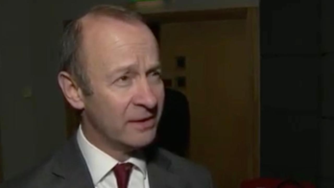 Afgezette UKIP-leider Bolton nog niet klaar met politiek