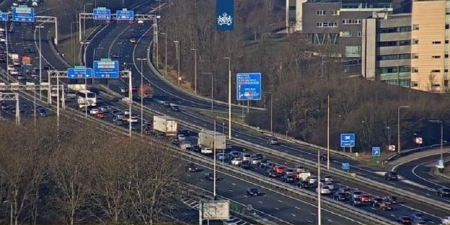 Drukte door afgesloten rijstrook op A12 Utrecht neemt af