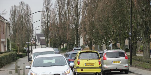 Bewoners Eikenlaan vrezen verkeersinfarct
