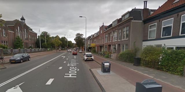 Scooterrijder raakt gewond bij ongeval met bestelbus op Hoge Rijndijk