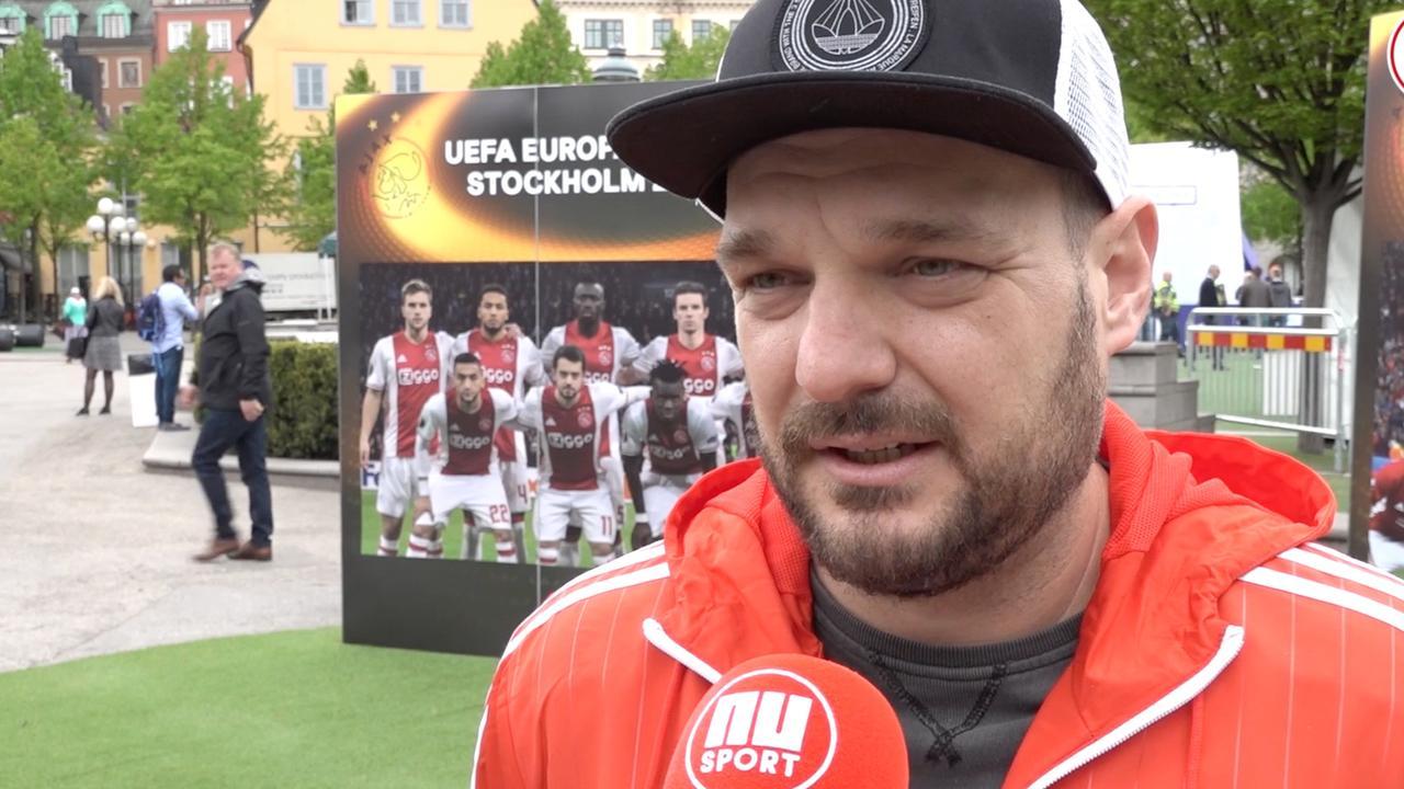 United-fans in Stockholm reageren geschokt op aanslag Manchester