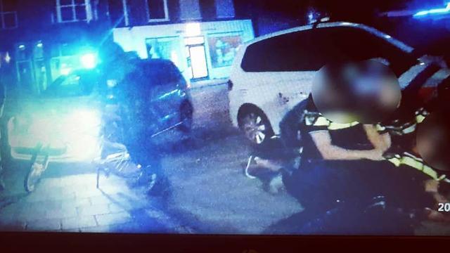 Agenten mishandeld en bedreigd door agressieve man tijdens kermis in Oss