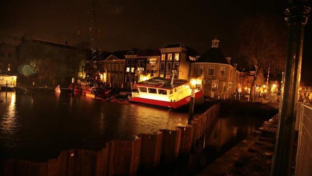 Kraan in centrum Dordrecht lijkt stabiel na omvaldreiging
