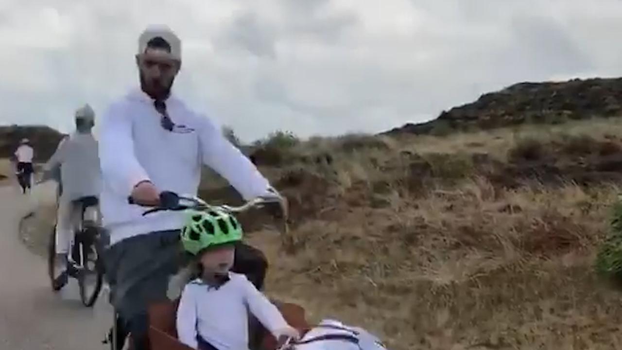 Justin Timberlake en Jessica Biel pakken in Nederland de fiets naar het strand