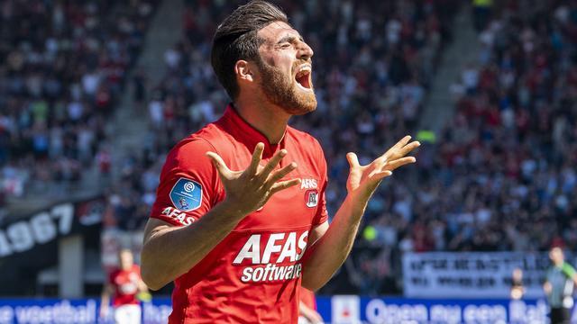 AZ-aanvaller Jahanbakhsh kroont zich met 21 treffers tot topscorer Eredivisie